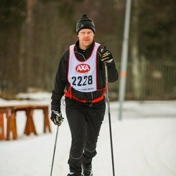 Skiing 45 km - Mikael Fredriksson (2228)