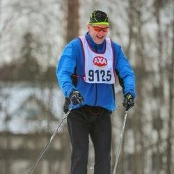 Skiing 45 km - Mikael Berg (9125)