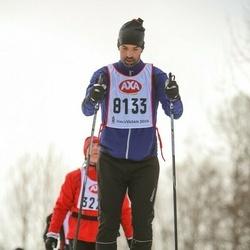 Skiing 45 km - Adrianus Van Oostrum (8133)