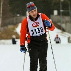 Skiing 45 km - David Neskvern (3136)