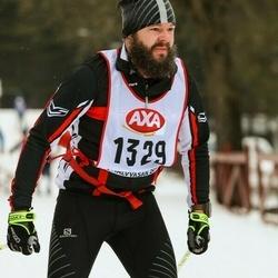 Skiing 45 km - Joel Östlind (1329)