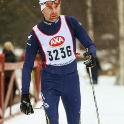 Skiing 45 km - Niklas Olsson (3236)