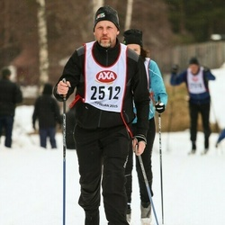 Skiing 45 km - Roger Vadell (2512)