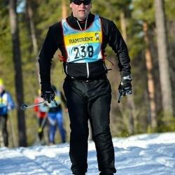 Skiing 90 km - Henrik Strand (2385)