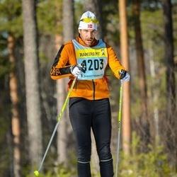 Skiing 90 km - Daniel Lönnroos (12035)