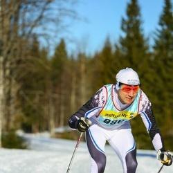 Skiing 90 km - Mikael Martens (8963)