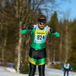 Skiing 90 km - David Persson (9243)