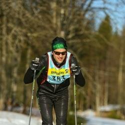 Skiing 90 km - Erik Fröjd (3533)