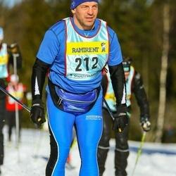Skiing 90 km - Lars Jonsson (2123)