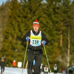 Skiing 90 km - Per Holm (2383)