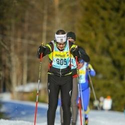 Skiing 90 km - Sebastian Karlsson (9053)