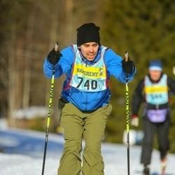 Skiing 90 km - Axel Håkansson (7403)