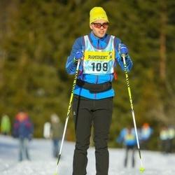 Skiing 90 km - Carl Lundevi (1093)