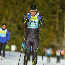 Skiing 90 km - Andreas Andersson (2193)