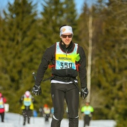 Skiing 90 km - Claes Celander (3503)
