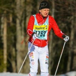 Skiing 90 km - Henrik Oscarsson (11523)