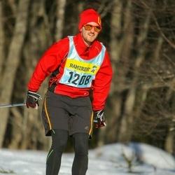 Skiing 90 km - Hugo Saner (12083)