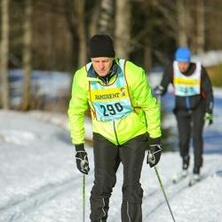 Skiing 90 km - Lars Stefansson (2903)