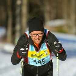 Skiing 90 km - Jonas Rydqvist (4453)