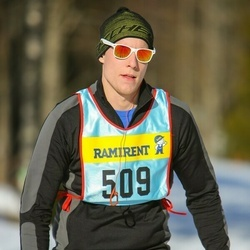 Skiing 90 km - Adam Hedlund (5093)