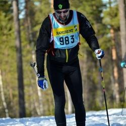 Skiing 90 km - Mikael Järvi (9835)