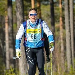 Skiing 90 km - Magnus Högfeldt (885)