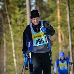 Skiing 90 km - Per Hallström (8865)