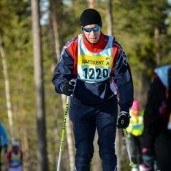Skiing 90 km - Peter Bäckström (12205)