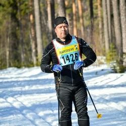 Skiing 90 km - Henrik Johansson (14265)