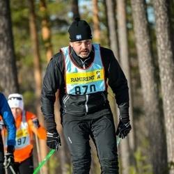 Skiing 90 km - Henrik Axling (8705)