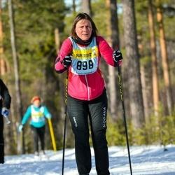 Skiing 90 km - Jenny Back (8985)
