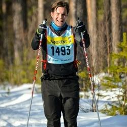 Skiing 90 km - Henrik Carlsson (14935)