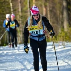 Skiing 90 km - Mia Tenlen (12015)
