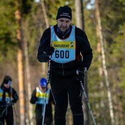Skiing 90 km - Henric Thorsell (6005)