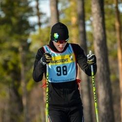 Skiing 90 km - Dennis Wallqvist (985)
