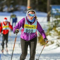 Skiing 90 km - Mikaela Kaufmann (9906)