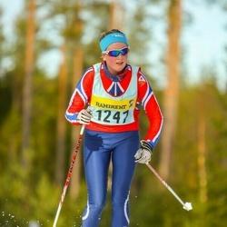 Skiing 90 km - Elin Håll (12476)