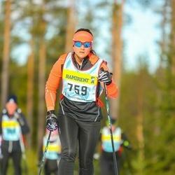 Skiing 90 km - Caroline Casparson (7596)