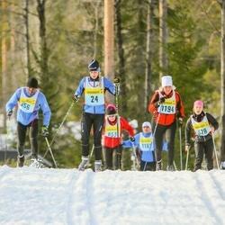 Skiing 90 km - Camilla Lundén (246), Eva Larsson (11946)