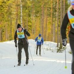 Skiing 90 km - Viktor Lejondahl (956)