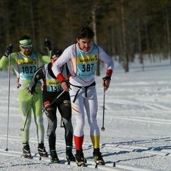 Skiing 90 km - Henry Churchill (3872)