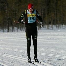 Skiing 90 km - Anders Birkenes (7202)