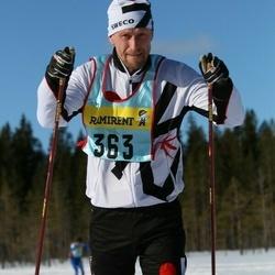 Skiing 90 km - Fredrik Malmgren (3632)