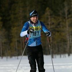 Skiing 90 km - Henrik Fehn (1612)