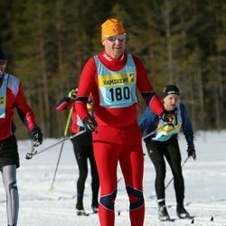 Skiing 90 km - Åsmund Nordli (1802)