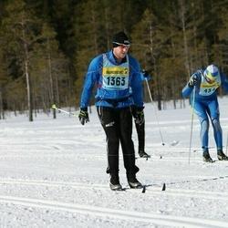 Skiing 90 km - Niklas Henriksson (13632)