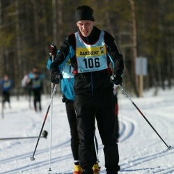 Skiing 90 km - Andreas Andersson (1062)