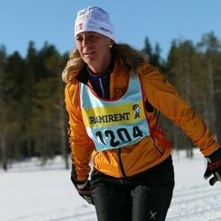 Skiing 90 km - Victoria Langley (12042)