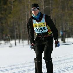 Skiing 90 km - Jonas Tull (12562)