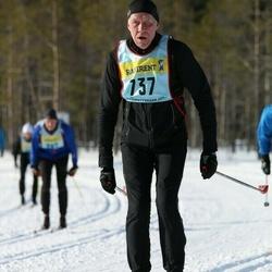 Skiing 90 km - Henrik Wetzenstein (7372)